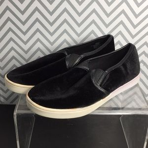 Report Sylver Black Loafers